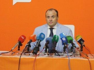 Julio Díaz requerirá al consejero de turismo información sobre el plan de turismo