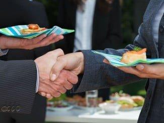 Las sesiones de networking combinan el negocio con la gastronomía de forma divertida