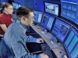 Informática e Internet, el sector que más titulados de FP solicita