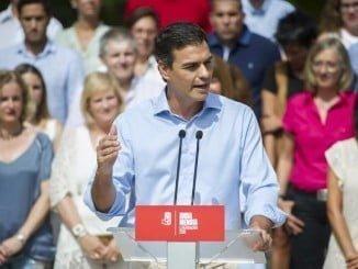 Pedro Sánchez en San Sebastián, apoyando la candidatura socialista a las elecciones vascas