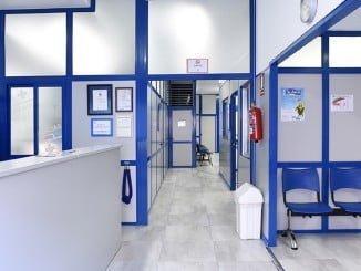 Clínica San Roque, desde 1997 en Lepe, abre ahora un nuevo centro médico en Ayamonte