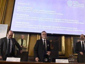 Un momento de la ceremonia de entrega del Nobel de Economía