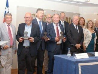 Foto con los que se recibieron los Premios a la Cooperación Iberoamericana y representantes de las entidades que hacen posible el OCIb 16.