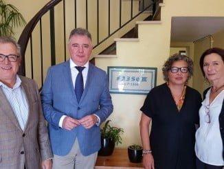 El delegado del Gobierno andaluz en Huelva y el delegado territorial de Igualdad, Salud y Políticas Sociales