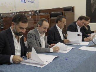 Los firmantes para recibir los fondos PFEA