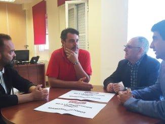 Ferrera se ha reunido con el sindicalista para conocer los motivos de su despido