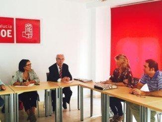 Reunión de la diputada nacional por el PSOE de Huelva, Pepa González Bayo, con las comunidades de regantes