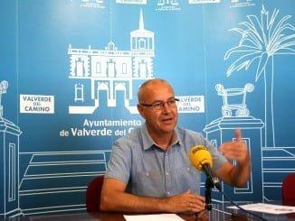 Rueda de prensa para presentar el convenio del Ayuntamiento valverdeño con Damas