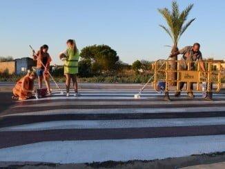 Los jóvenes contratados este verano han realizado labores de mantenimiento del pueblo