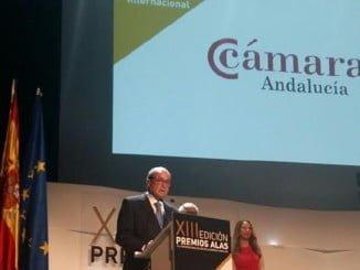 Ponce recoge el premio Alas a la trayectoria de las Cámaras de Comercio Andaluzas