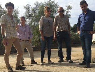 La delegada territorial de Medio Ambiente ha visitado las obras del camino de El Mustio en Aroche