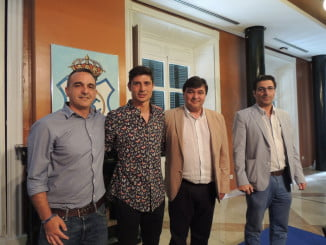 El alcalde encabezará la delegación que viaja a Madrid para buscar soluciones al bloqueo del Recre
