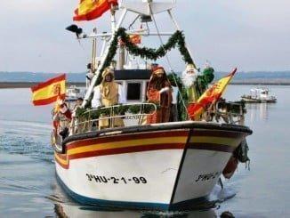A Isla Cristina Sus Majestades de Oriente llegan en barca
