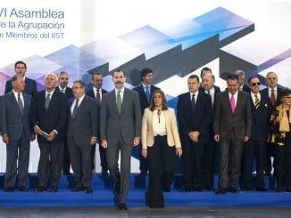 Susana Díaz, junto al rey Felipe VI, durante el acto de inauguración