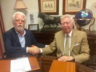 Ricardo Serra y José Luis García Palacios firmaron el acuerdo por ASAJA Andalucía y Fundación Caja Rural del Sur