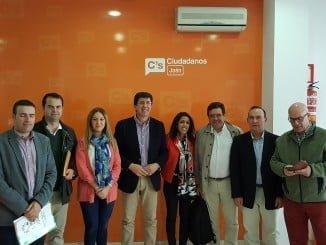 La portavoz adjunta de Ciudadanos en el Parlamento Andaluz, Marta Bosquet, se ha reunido con representantes de las asociaciones agrarias