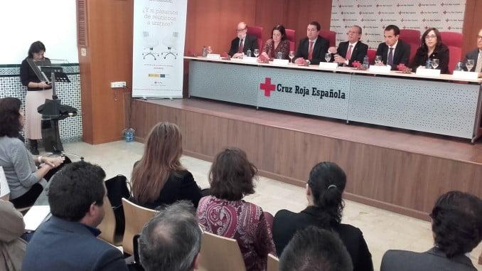 Iglesias ha asistido a un acto de reconocimiento a 12 empresas que colaboran en el Plan de Empleo de la ONG