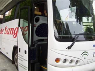 Autobús utilizado en otras campañas de recogida de sangre en la UHU