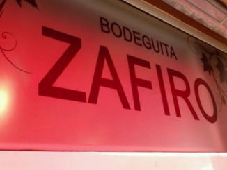Un pequeño incendio en la bodeguita Zafiro fue sofocado por los bomberos