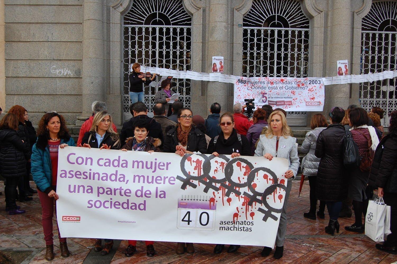 CCOO se ha concentrado en recuerdo de las víctimas de este año