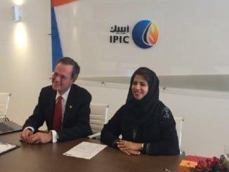 Junto al consejero delegado de Cepsa, ha participado en ADIPEC Alyazia Al Kuwaiti, miembro del Consejo de Administración de Cepsa y Directora de Inversiones en Midstream y Upstream de IPIC