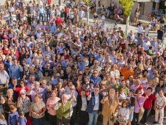 Brindis colectivo en la Plaza de España por el éxito de la candidatura palmerina