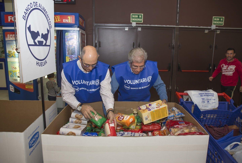 Para la clasificación de los alimentos recogidos también se necesitan ahora voluntarios