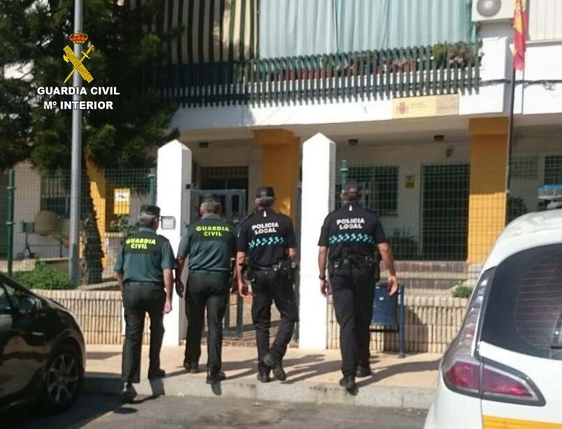 Efectivos de la Guardia Civil y Policía Local han detenido al autor de los disparos