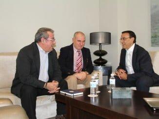 El consejo regulador de la IGP Garbanzo de Escacena ha mantenido una reunión con el presidente de la diputación de Huelva