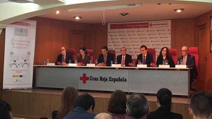 Acto en el que Cruz Roja Huelva reconoce a las empresas onubenses su colaboración en la inserción laboral