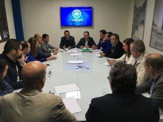Manuel Andrés González se ha reunido hoy con los alcaldes del PP de la provincia