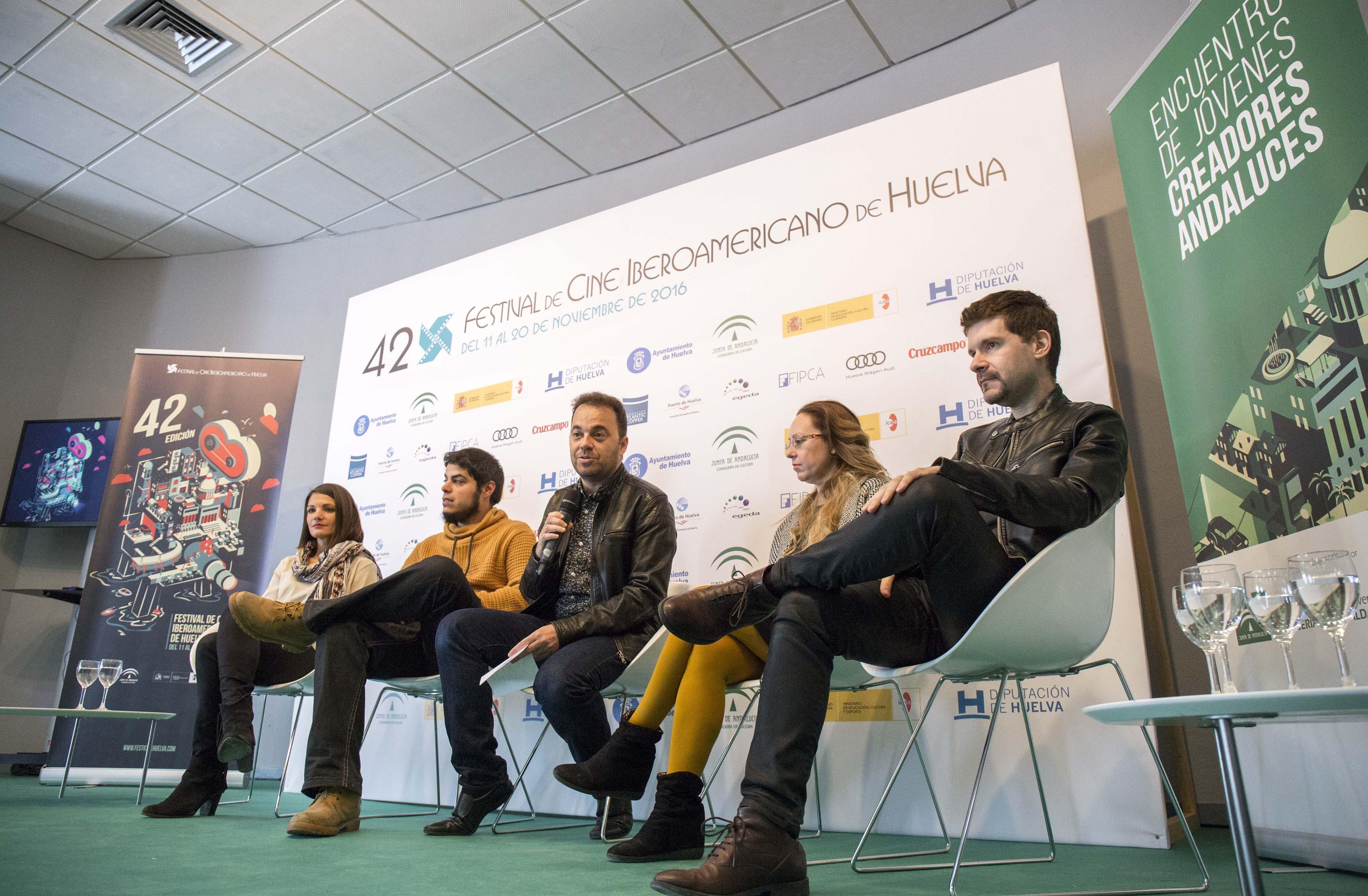 José F. Ortuño, Laura Alvea, David Sáinz y Teresa Segura en la mesa redonda