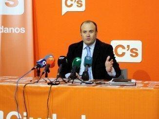 El parlamentario por Huelva de Ciudadanos, Julio Díaz