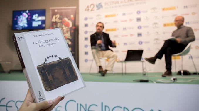 Un momento de la presentación del libro del periodista y crítico cinematográfico Eduardo Moyano