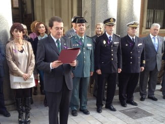 Manuel Iglesias ha leído un manifiesto a las puertas de la Subdelegación del Gobierno