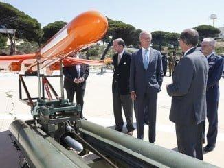 """El ministro Morenés durante su visita a El Arenosillo en noviembre afirmó que """"el proyecto CEUS sigue vivo"""""""