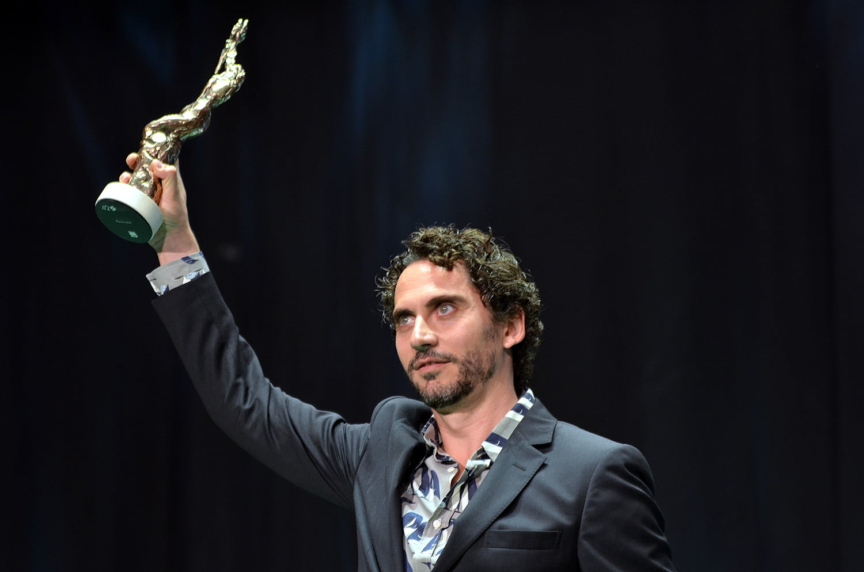 Paco León agradeció la labor de sus 'maestros' y animó al Festival a seguir promocionando el cine iberoamericano.