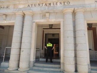 La Policía Local cuenta ya con equipación de seguridad y de mejora de comunicaciones