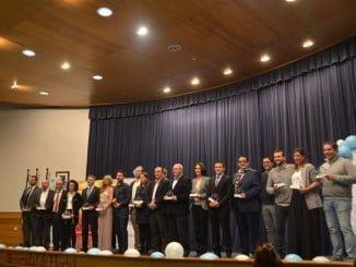 Los premiados de esta edición posan con sus galardones