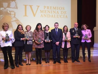 Entre los galardonados con los Premios Menina Andalucía, la onubense, Adela García Barreiro