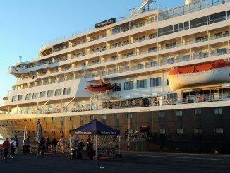 Los cruceristas llegaron al Muelle esta mañana
