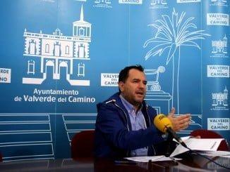 El concejal de Economía del Ayuntamiento de Valverde del Camino, José Domingo Doblado Vera
