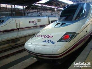 Mientras el transporte de largo recorrido disminuye en número de viajeros, el tren aumenta los suyos, sobre todo el AVE que lo hace en un 9%