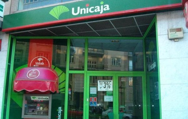 unicaja celebra en la capital un encuentro de banca