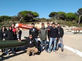 Base de Arenosillo y miembros del Grupo de Investigación que dirige, Control y Robótica (TEP 192)