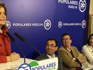 La ministra Báñez en Huelva en la Junta provincial del PP de Huelva
