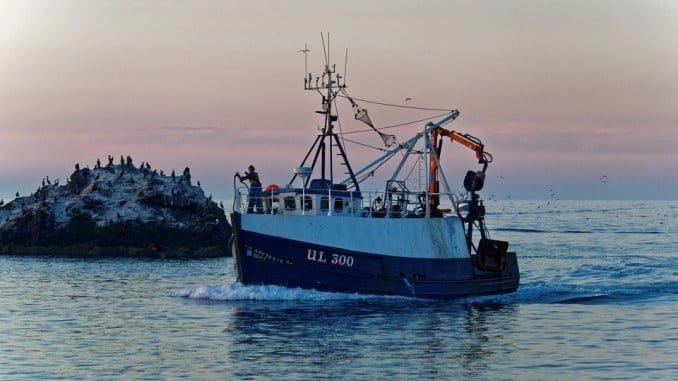 La ministra considera muy positivo el acuerdo para la flota pesquera española