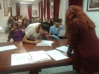 45 jóvenes de Aracena recibirán en concepto de becas estudio 38.440 euros