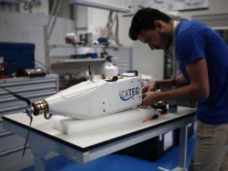 Construcción de drones en CATEC