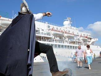El aumento de cruceros que arriban al Puerto de Huelva contribuye también a ese récord de pasajeros con el que acabarán los puertos españoles este 2016